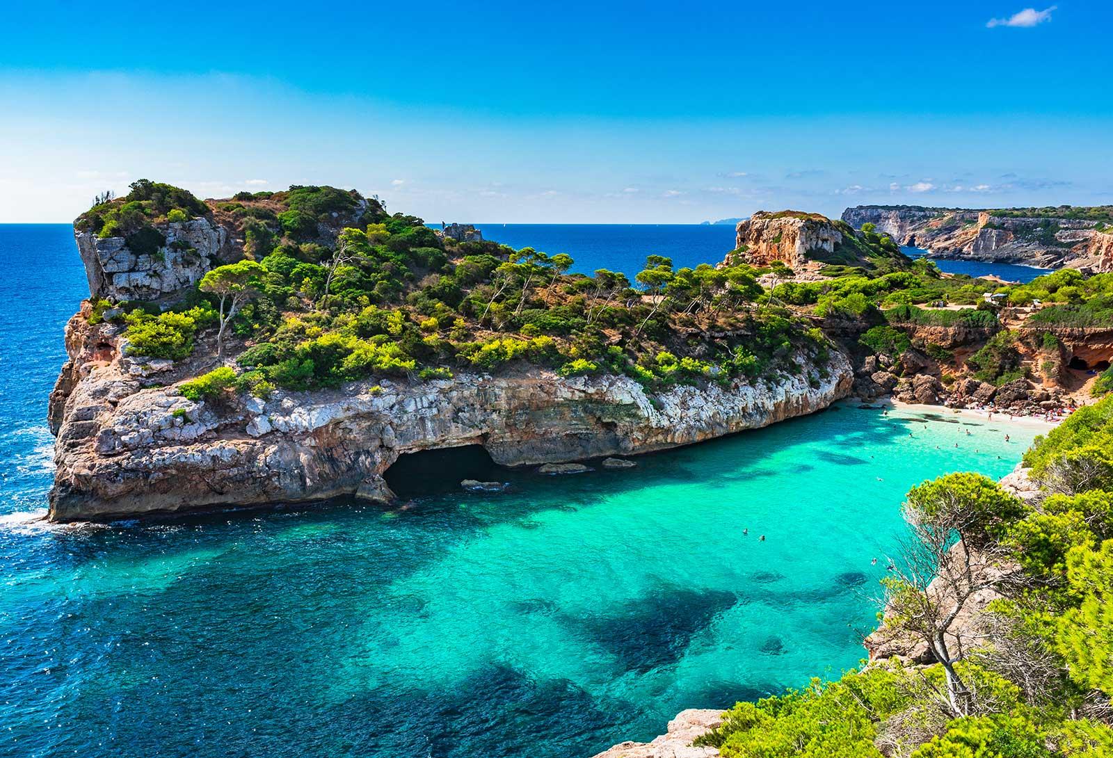 Vuelos y 6 Noches de Hotel 4 Estrellas en Mallorca