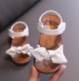 Sandalias para bebé nudo mariposa