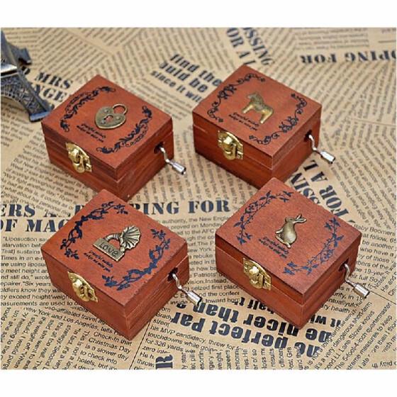 Cajas de madera musicales vintage