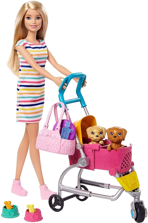 Barbie y su carrito para mascotas