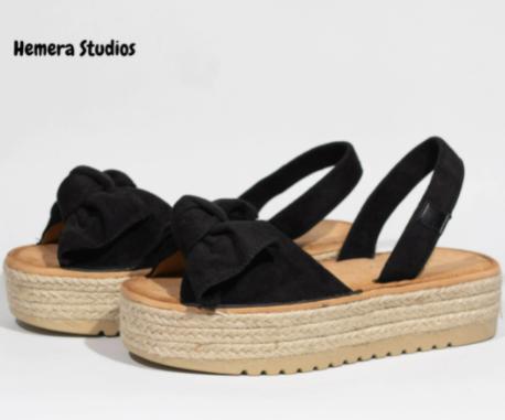 Sandalias de plataforma con lazo