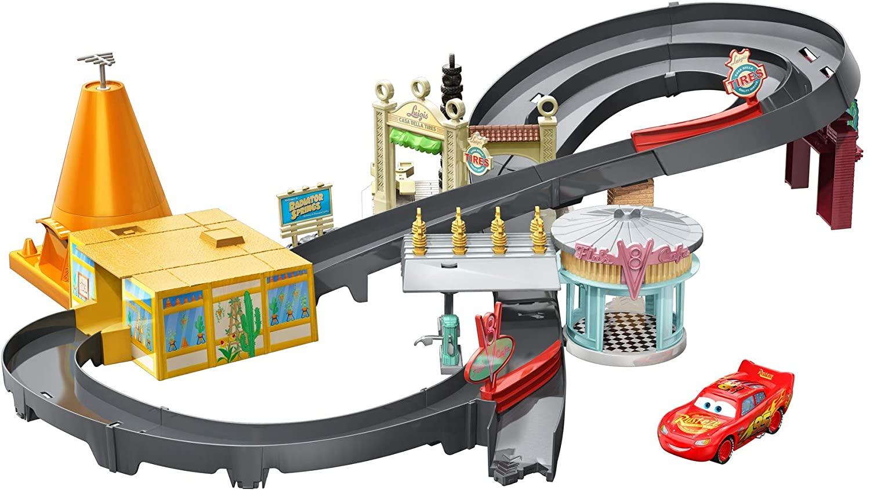 Disney Cars Pista de coches Radiator Springs