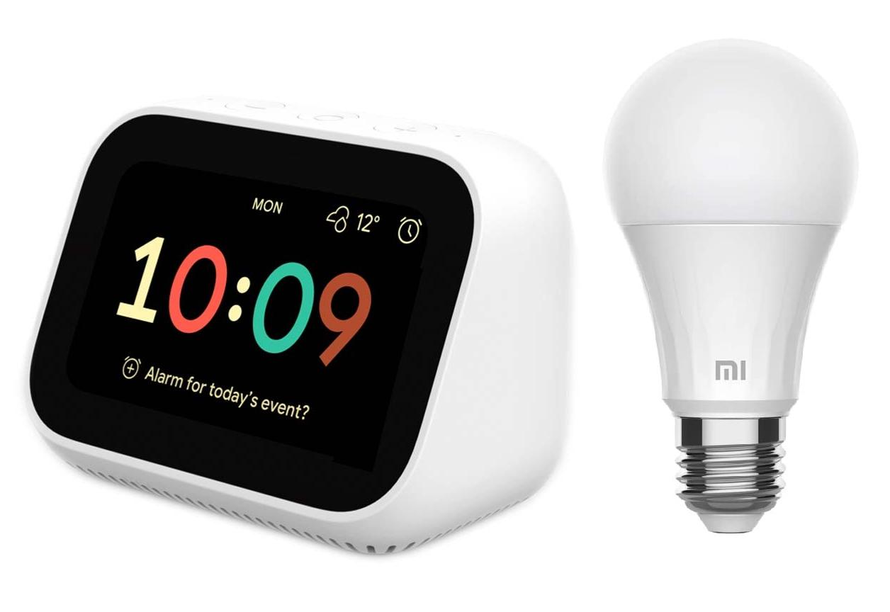 Xiaomi Mi Smart Clock + Bombilla Smart 8W