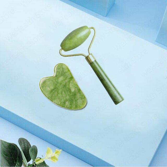 Rodillo masajeador facial de Jade Natural