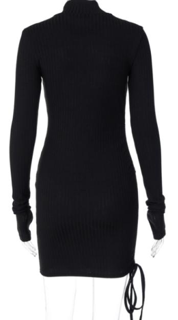 Vestido ajustado de cuello alto para mujer