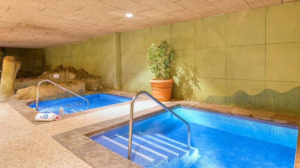4 noches en octubre en Hotel Spa 4 estrellas en Granada